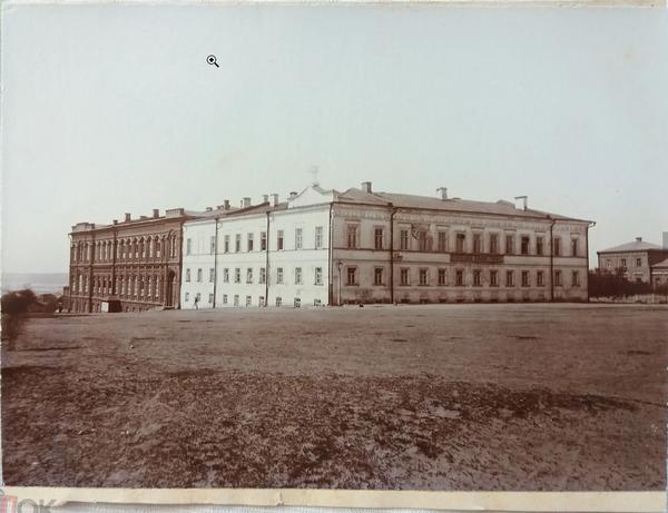 Здание УЕЖУ 1.png